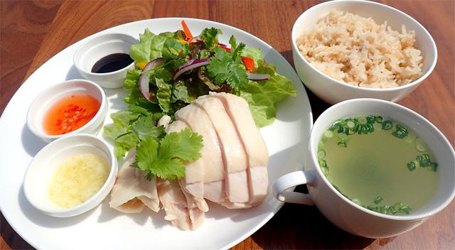 シンガポール式チキンライス