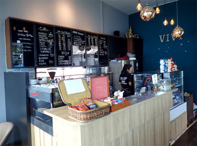 VIVI The Coffee Placeの店内