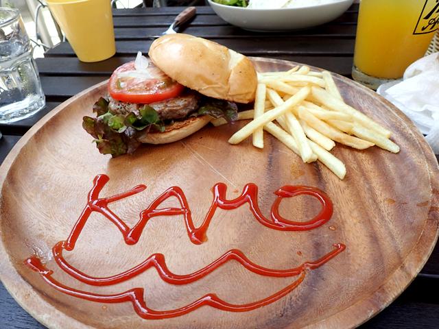 KAMO Kitchenのカモ吉オリジナルバーガー