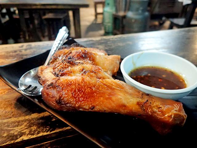 イムちゃんのラープーガイヤーン(焼き鶏のもも肉)