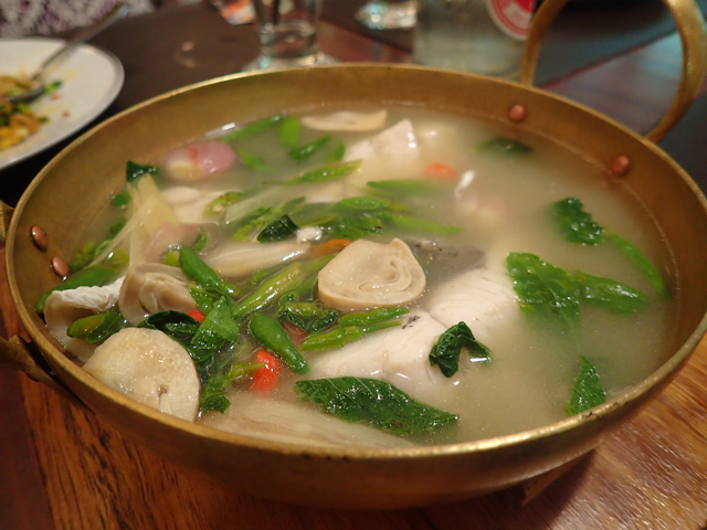 トムヤムプラー(白身魚のスパイシースープ)