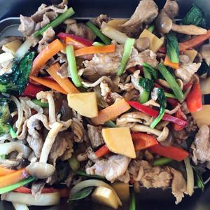 タイ屋台風豚肉野菜炒め