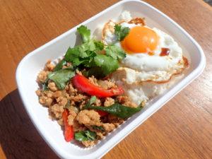 カフェガパオの鶏肉ガパオご飯